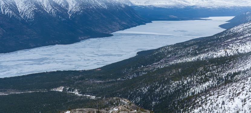 Kusawa Ridge Hike in Yukon,Canada